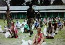 সেনাবাহিনীর উদ্যোগে অসহায় মুক্তিযোদ্ধা ও ক্ষুদ্র নৃ-গোষ্ঠি সম্প্রদায়ের মাঝে ত্রাণ বিতরণ
